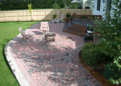 K & S LANDSCAPING PIC 2004 05 06 040