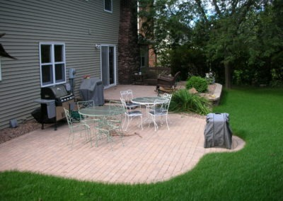 K & S LANDSCAPING PIC 2004 05 06 043