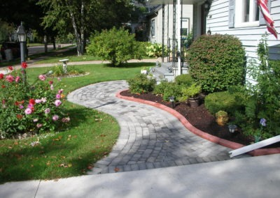 K & S LANDSCAPING PIC 2004 05 06 046