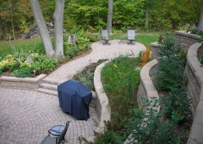 K & S LANDSCAPING PIC 2004 05 06 050