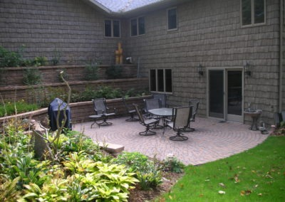 K & S LANDSCAPING PIC 2004 05 06 052