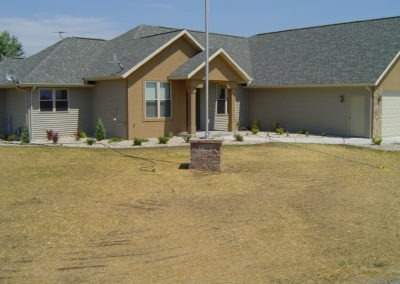 K & S LANDSCAPING PIC 2004 05 06 077