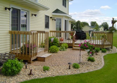 K & S LANDSCAPING PIC 2004 05 06 083